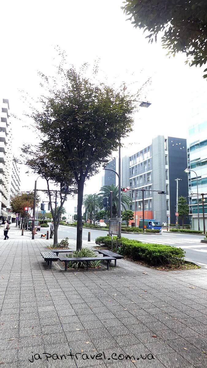 """Вулиця м.Йокосука, яка веде до корабля """"Мікаса"""""""
