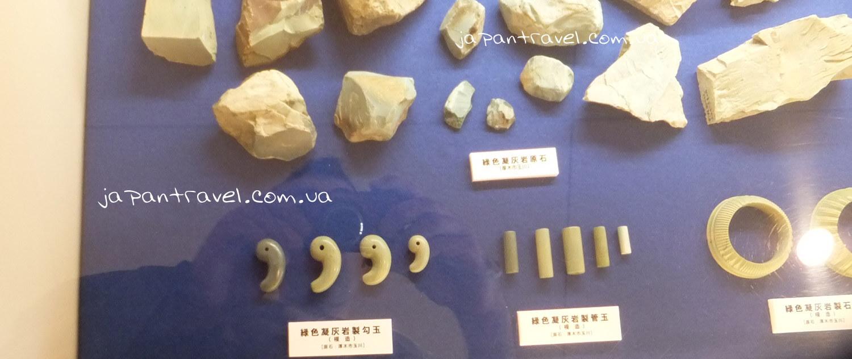 ekspozytsiya-davnih-rakushok-muzej-jokosuka-mandrivky-yaponijeyu
