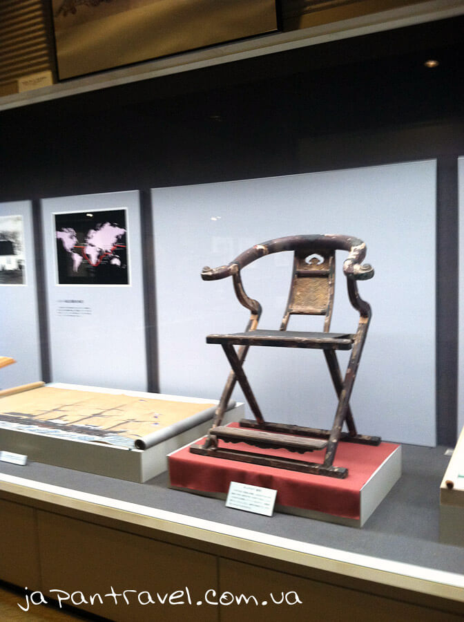 stilets-muzej-jokosuka-mandrivky-yaponijeyu