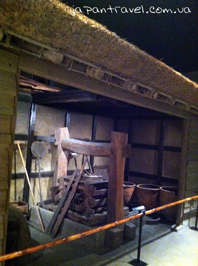 frahment-yaponskoji-komory-muzej-jokosuka-mandrivky-yaponijeyu