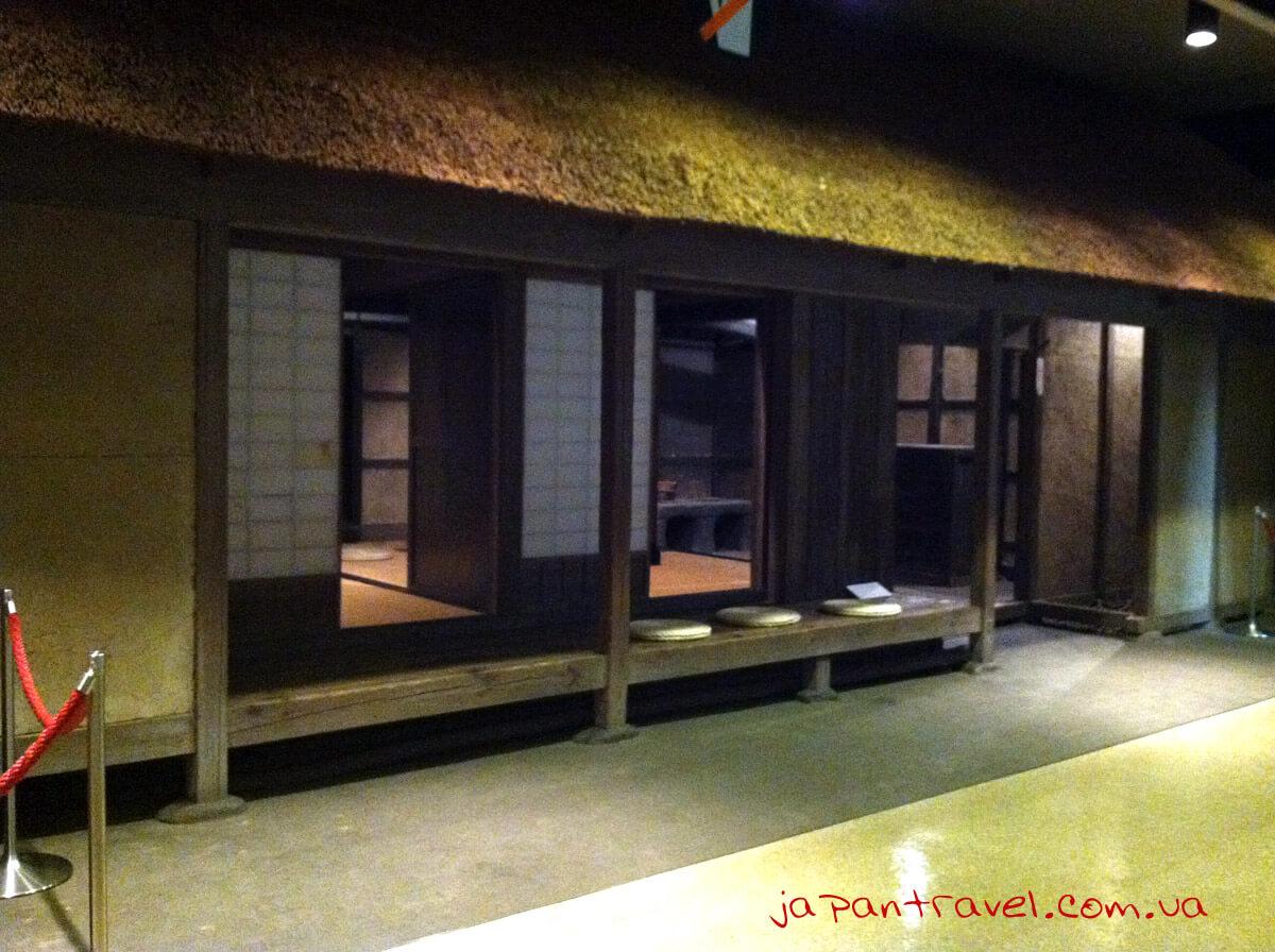 yaponska-hata-muzej-jokosuka-mandrivky-yaponijeyu